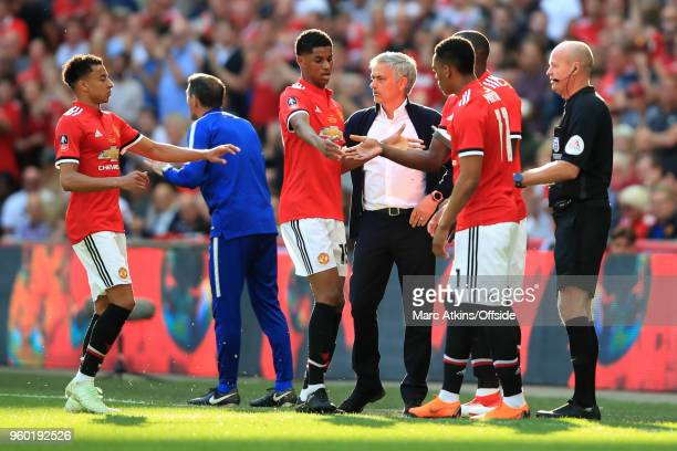 Jose Mourinho manager of Manchester United replaces Jesse Lingard and Marcus Rashford with Anthony Martial and Romelu Lukaku during The Emirates FA...