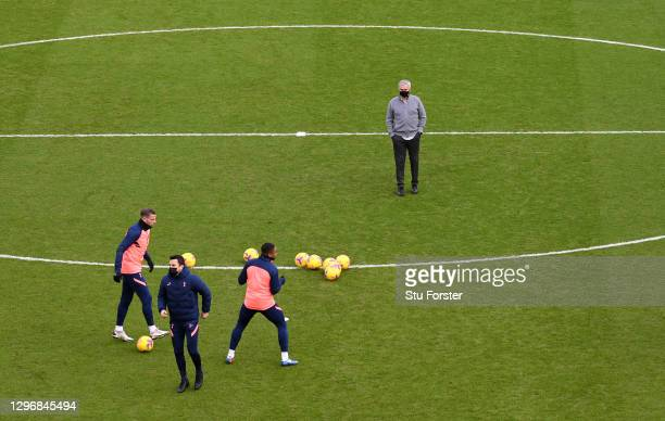 Jose Mourinho, Manager of Tottenham Hotspur looks on as players warm up prior to the Premier League match between Sheffield United and Tottenham...