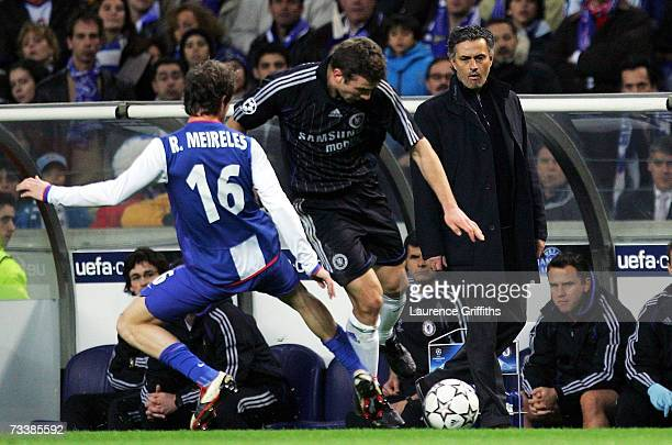 Jose Mourinho of Chelsea watches on as Andriy Schevchenko plays during the UEFA Champions League round of 16 first leg match between FC Porto and...