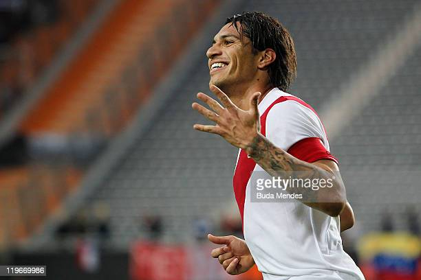 Jose Paolo Guerrero from Peru celebrates scored goal during the Copa America 2011 third place match between Venezuela and Peru at Ciudad de La Plata...