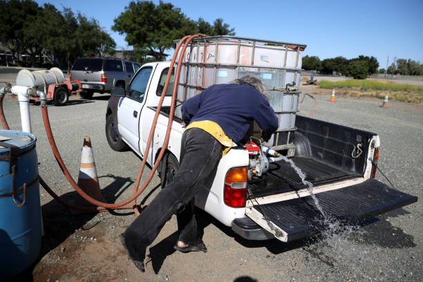 CA: California Residents Pick Up Recycled Water To Use As Drought Sets In