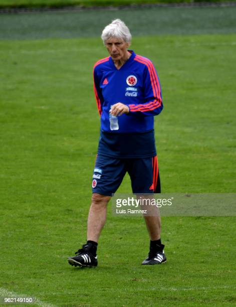 Jose Pekerman walks during a training session as part of the preparatiion to the FIFA World Cup Russia 2018 at Estadio El Campin on May 24 2018 in...