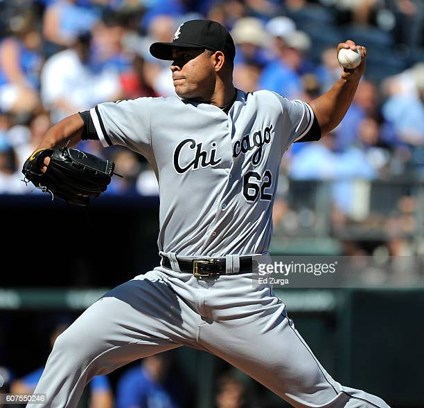 Jose Quintana of the Chicago White Sox throws in the first inning against the Kansas City Royals at Kauffman Stadium on September 18 2016 in Kansas...