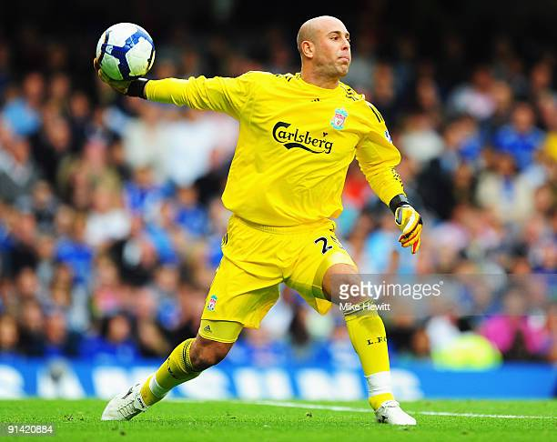 Jose Reina of Liverpool in action during the Barclays Premier League match between Chelsea and Liverpool at Stamford Bridge on October 4 2009 in...