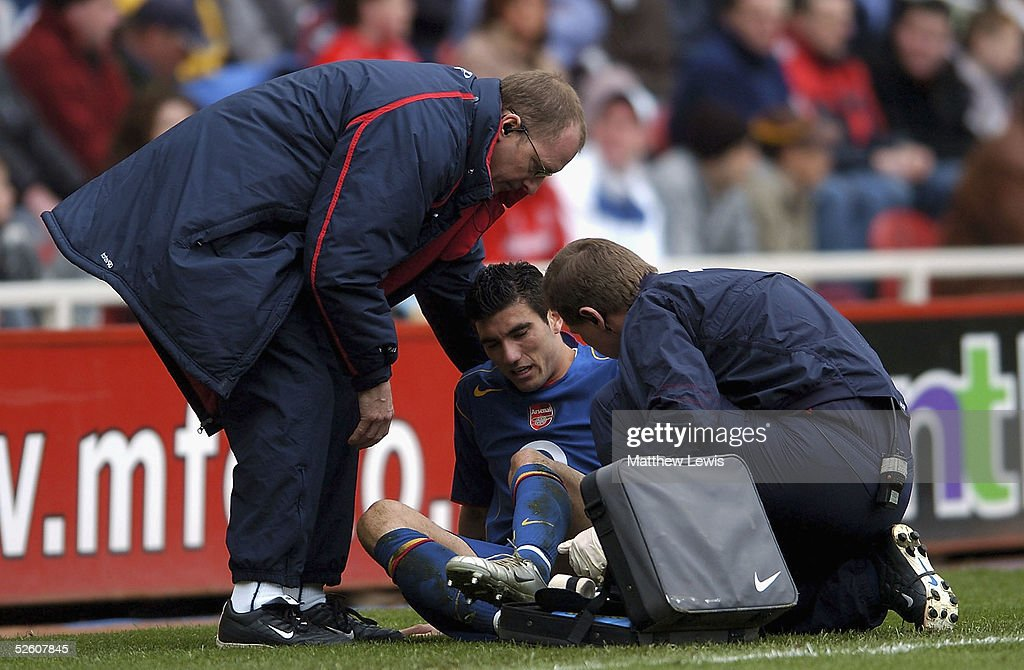 Jose Reyes of Arsenal receives treatment during the Barclays Premiership match between Middlesbrough and Arsenal at the Riverside Stadium on April 9, 2005 in Middlesbrough, England.