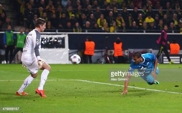 Jose Rondon of Zenit heads his goal past Roman Weidenfeller of Dortmund during the UEFA Champions League round of 16 second leg match between...