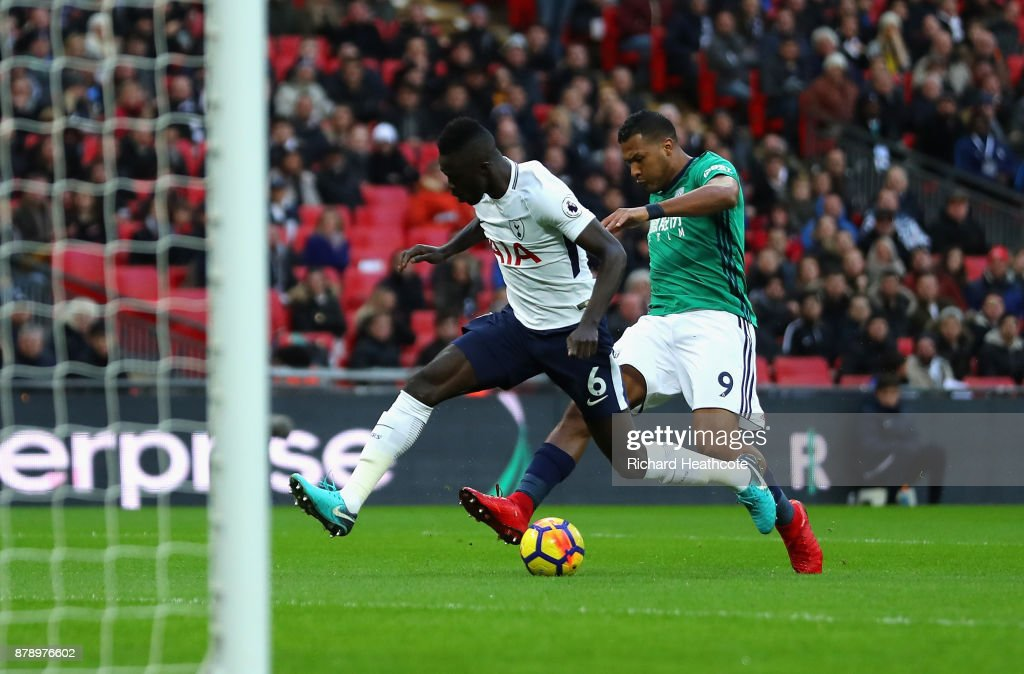 Jose Salomon Rondon of West Bromwich Albion scores his sides first goal as Davinson Sanchez of Tottenham Hotspr attempts to block during the Premier League match between Tottenham Hotspur and West Bromwich Albion at Wembley Stadium on November 25, 2017 in London, England.