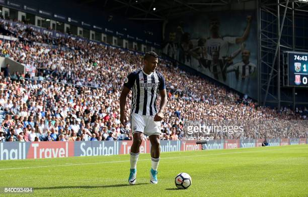 Jose SalomonRondon of West Bromwich Albion during the Premier League match between West Bromwich Albion and Stoke City at The Hawthorns on August 27...