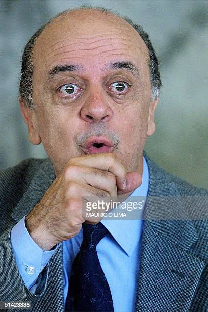 Jose Serra presidential candidate for the Brazilian Social Democtratic Party participates in a luncheon offered by bankers in Sao Paulo Brazil 07 May...