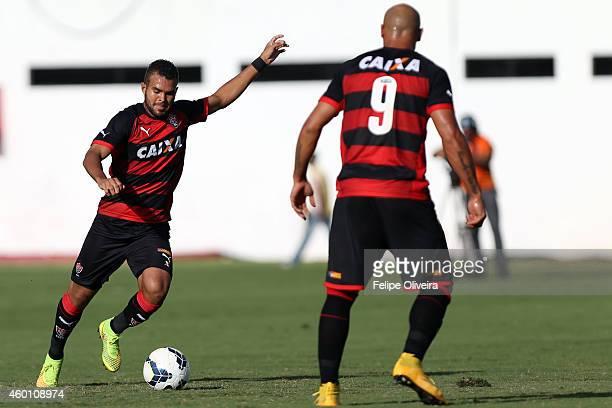 Jose Welison of Vitoria in action during the match between Vitoria and Santos as part of Brasileirao Series A 2014 at Estadio Manoel Barradas on...