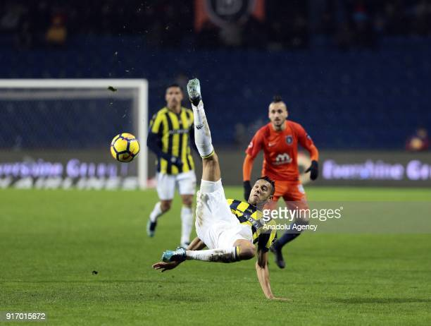 Josef De Souza of Fenerbahce in action during the Turkish Super Lig soccer match between Medipol Basaksehir and Fenerbahce at the Fatih Terim Stadium...