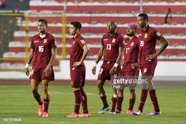 Josef Martínez of Venezuela and teammates look dejected after a match between Bolivia and Venezuela as part of South American Qualifiers for Qatar...