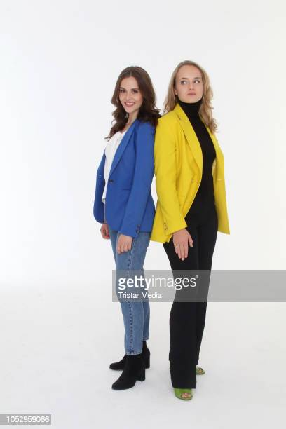 Josefine Voss and Luise von Finckh attend the photo call for the television movie series 'Sechs auf einen Streich' on October 24, 2018 in Hamburg,...