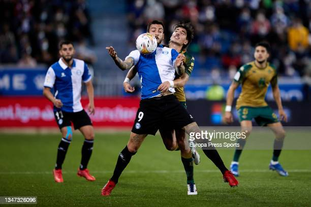 Joselu of Alaves in action during the spanish league, LaLiga, football match between Deportivo Alaves and Real Betis Balompie at Mendizorrotza on 18...