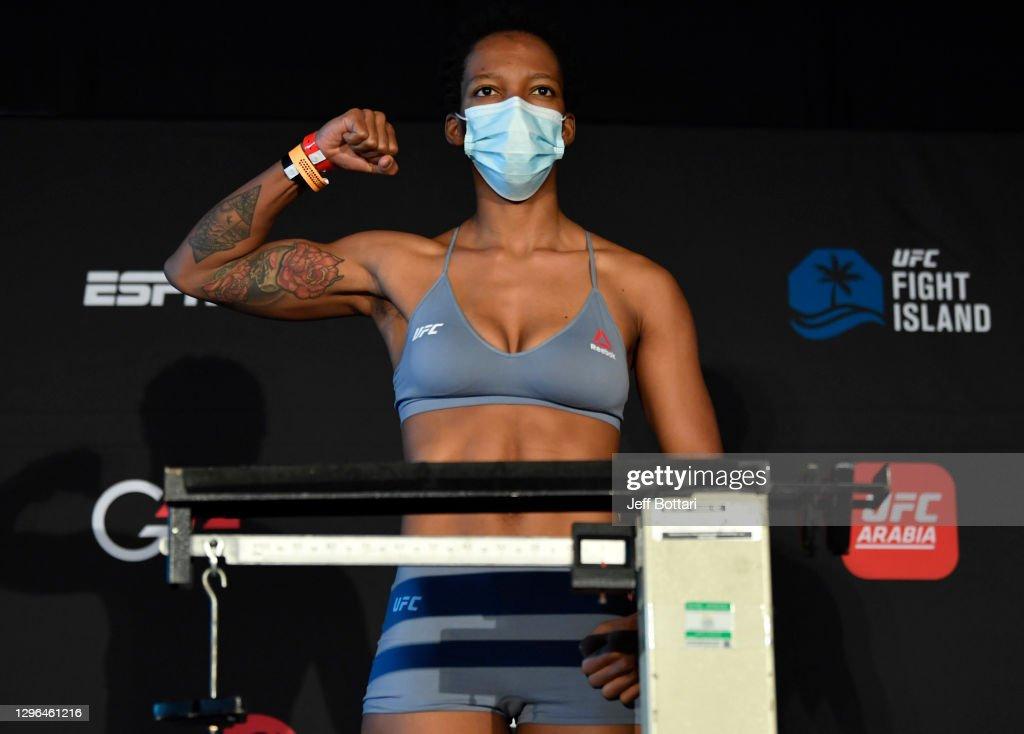 UFC Fight Night Holloway v Kattar:  Weigh-Ins : Nieuwsfoto's