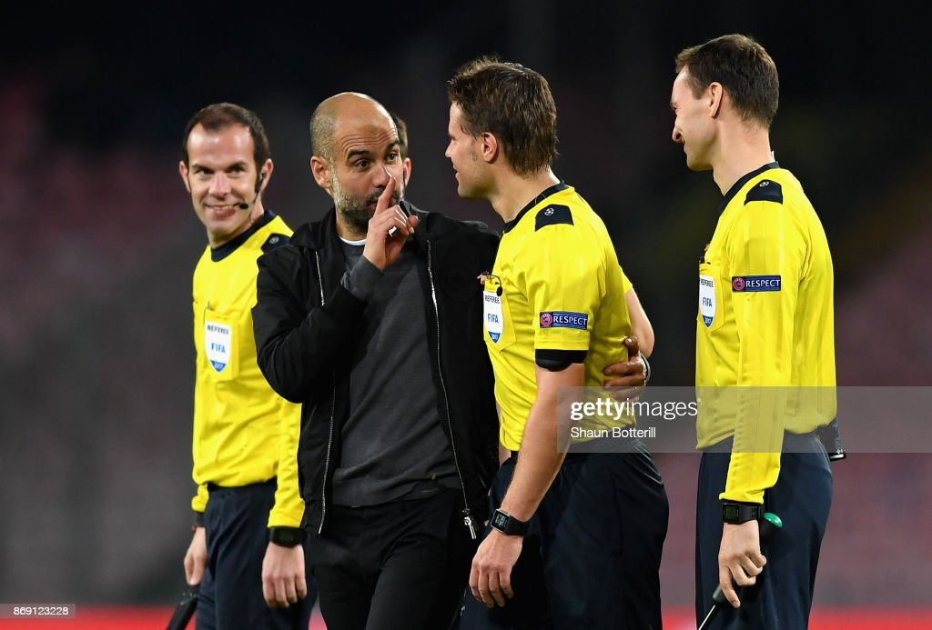 Josep Guardiola, Manager of Manchester City argues with referee Felix Brych after the UEFA Champions League group F match between SSC Napoli and Manchester City at Stadio San Paolo on November 1, 2017 in Naples, Italy.