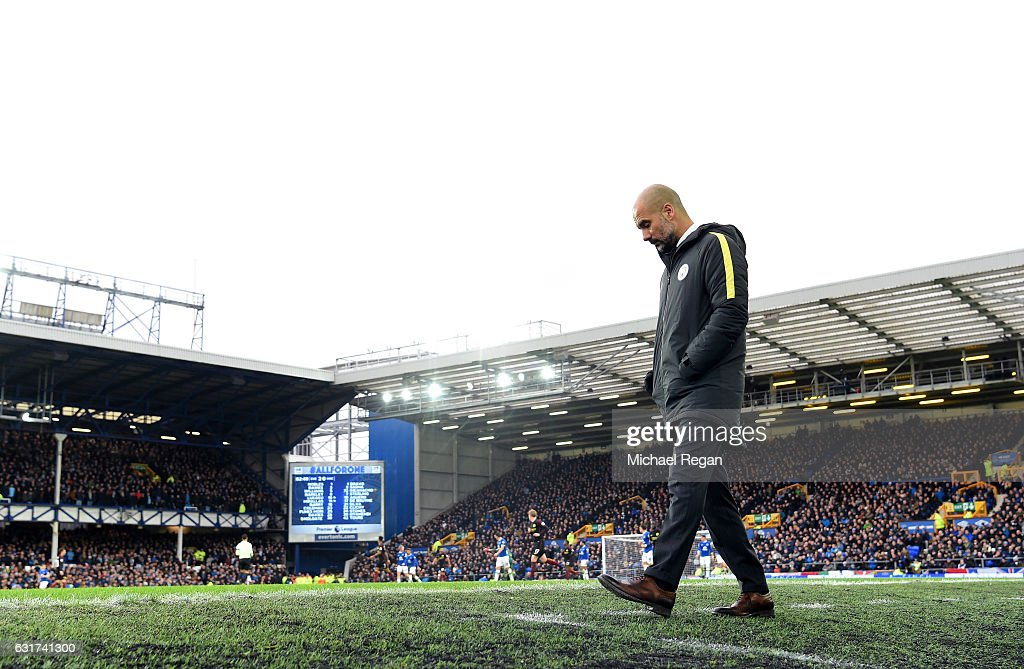 Everton v Manchester City - Premier League : News Photo