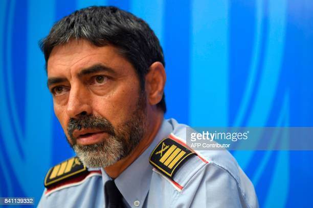 Josep Lluis Trapero chief of the Catalan regional police 'Mossos D'Esquadra' gives a press conference in Barcelona on August 31 2017 US security...