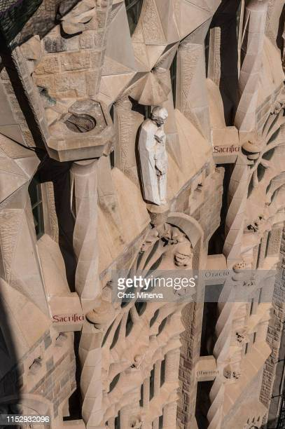 joseph and jesus statue on side of sagrada familia cathedral - familia stock pictures, royalty-free photos & images