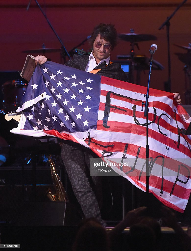 Joseph Arthur performs onstage at Michael Dorf Presents - The Music of David Bowie at Carnegie Hall at Carnegie Hall on March 31, 2016 in New York City.