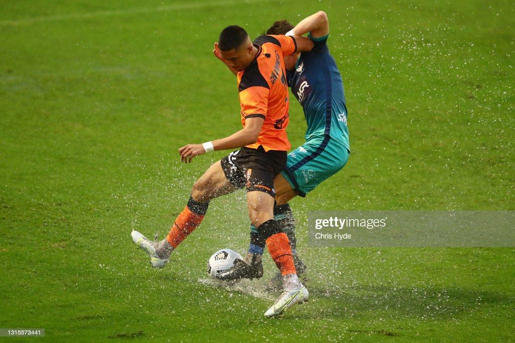 A-League - Brisbane v Wellington : News Photo