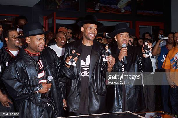 Joseph DJ Run Simmons Darryl DMC McDaniels and Jason Jam Master Jay Mizell of the legendary hiphop pioneers RUNDMC marks the first hiphop induction...