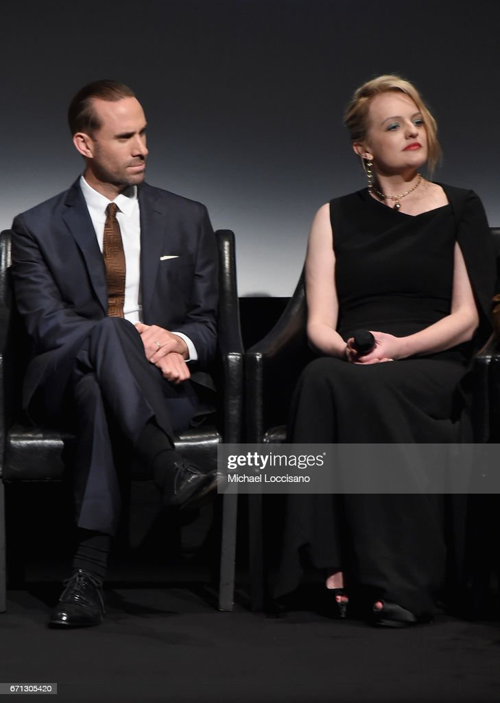 """The Handmaid's Tale"" Premiere - 2017 Tribeca Film Festival : News Photo"