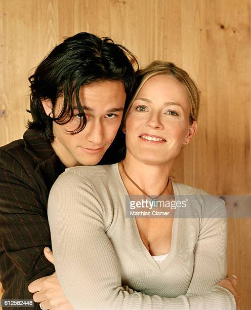 Joseph GordonLevitt and Elisabeth Shue