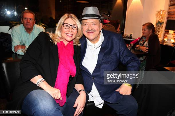 Joseph Hannesschlaeger and his wife Bettina Geyer during the premiere of the film Schmucklos at Rio Filmpalast on November 17 2019 in Munich Germany