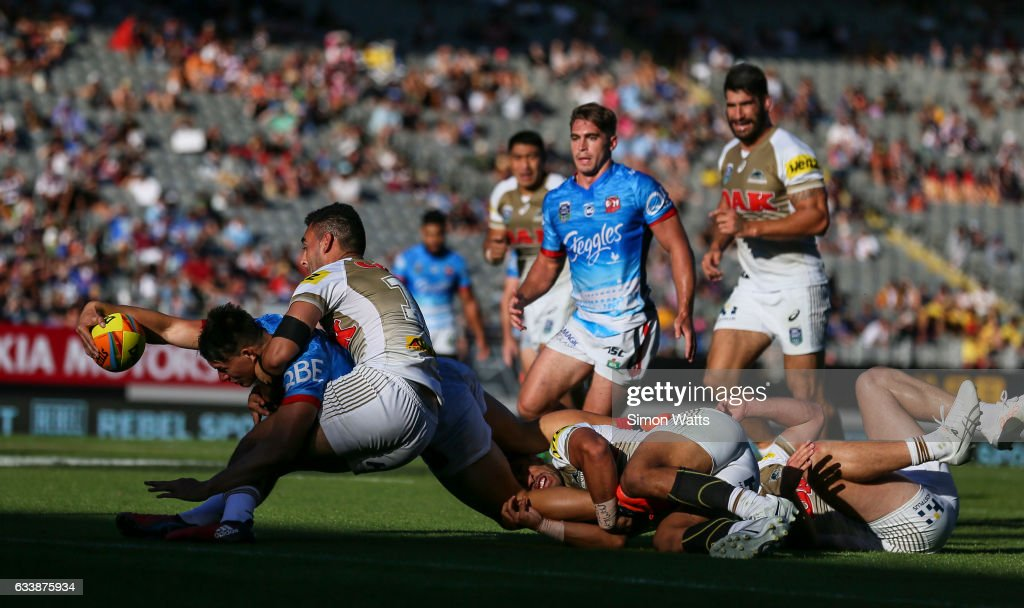 Joseph Manu of the Roosters looks to score a try during the 2017 Auckland Nines final between The Sydney Roosters and Penrith Panthers at Eden Park on February 5, 2017 in Auckland, New Zealand.