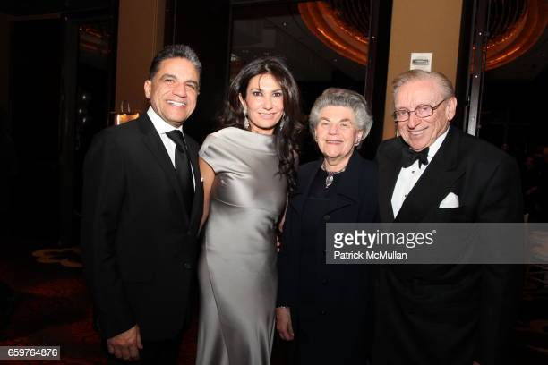 Joseph Moinian Nazee Moinian Klara Silverstein and Larry Silverstein attend MAD's Visionaries 2009 Gala at Mandarin Oriental on November 17 2009 in...