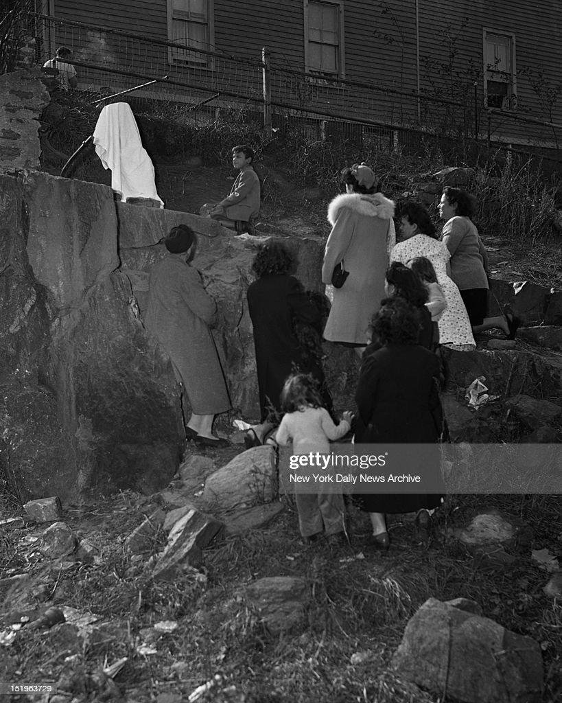 Bronx Boy Sees Virgin Mary : News Photo
