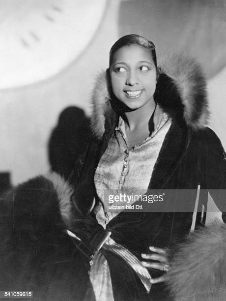 Josephine Baker*Dancer Singer USA/Frankreichduring a performance in a revue of the NelsonTheater in Berlin Published in Querschnitt...