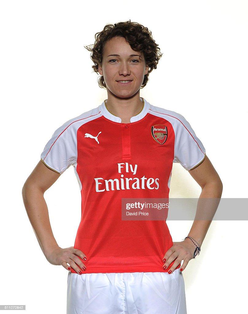 Arsenal Ladies Unveil New Signing Josephine Henning