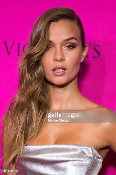 Josephine Skiver attends the 2017 Victoria's Secret Fashion Show viewing party pink carpet at Spring Studios on November 28 2017 in New York City