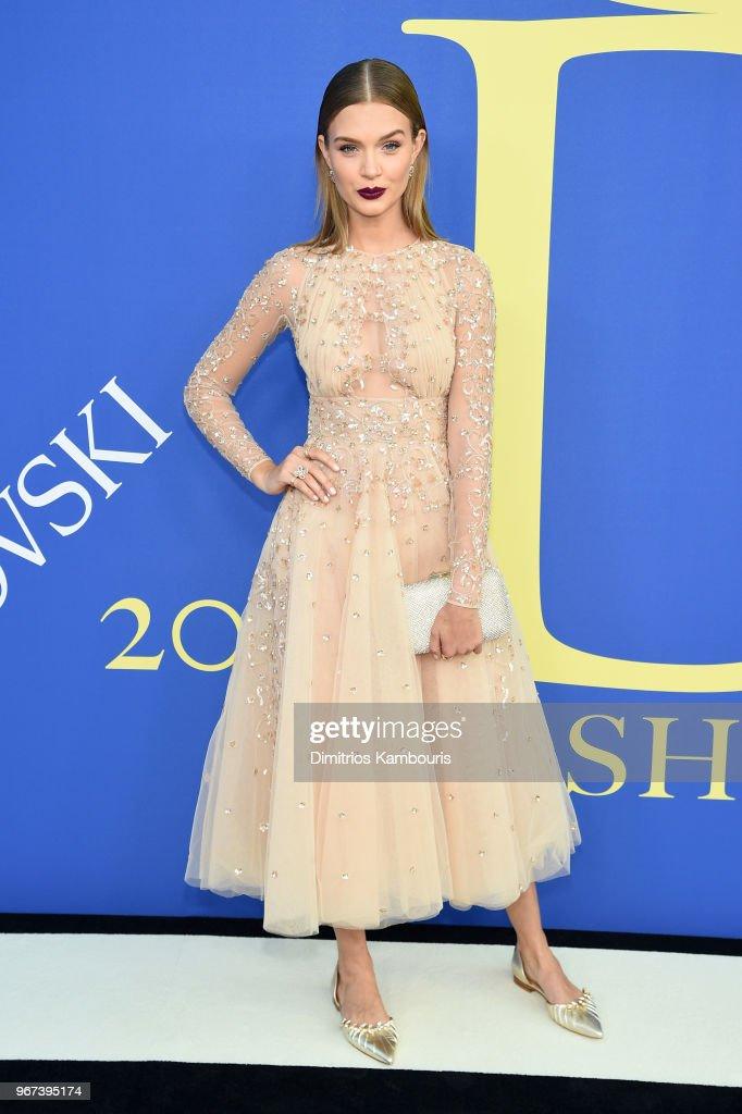 2018 CFDA Fashion Awards - Arrivals : News Photo