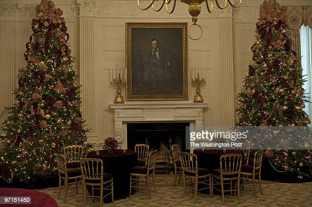 NEGATIVE# josephm 211009SLUGPHWHTREELOCATIONThe White House District of ColumbiaPHOTOGRAPHERMARVIN JOSEPH/TWPCAPTION As the White House prepares for...