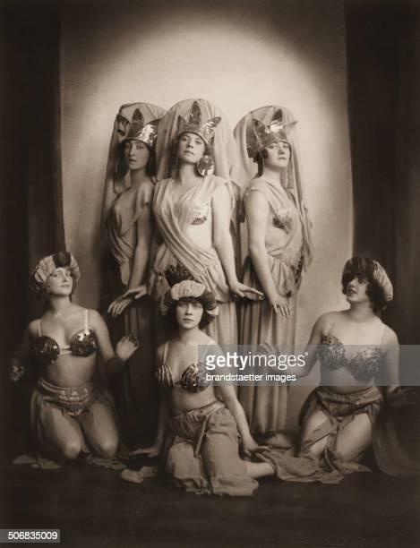 >Josephs Legende< by Richard Strauss Dancers of the Vienna State Opera fltr Riki Raab Anna Horvath and Hilde Steinlein front fltr Maria Mindszenty...