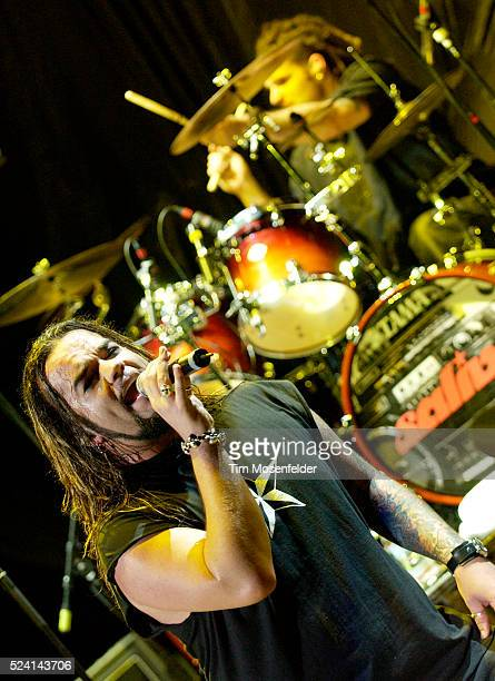 Josey Scott of Saliva performs on stage during the Aerosmith and kiss World Tour 2003 at the Shoreline Amphitheater