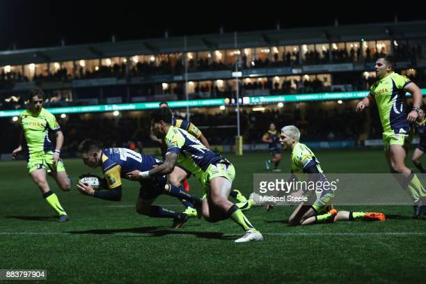 Josh Adams of Worcester scores his sides opening try during the Aviva Premiership match between Worcester Warriors and Sale Sharks at Sixways Stadium...