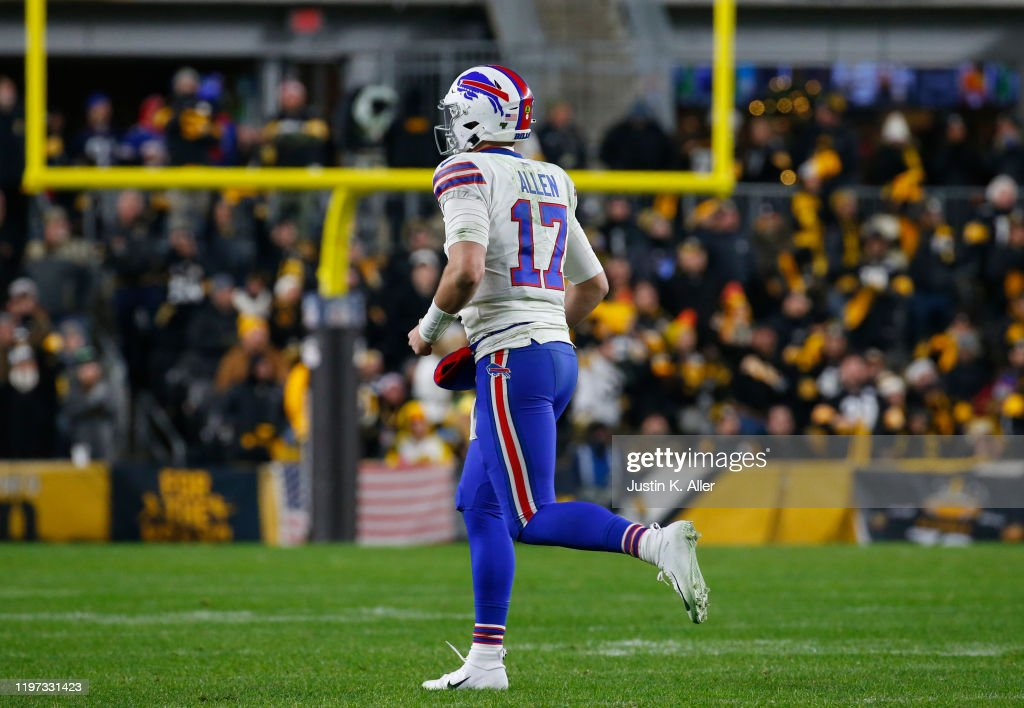 Buffalo Bills v Pittsburgh Steelers : News Photo