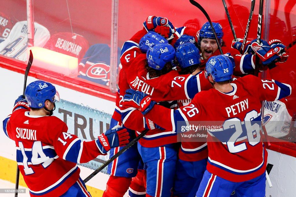 Vegas Golden Knights v Montreal Canadiens - Game Three : Nachrichtenfoto