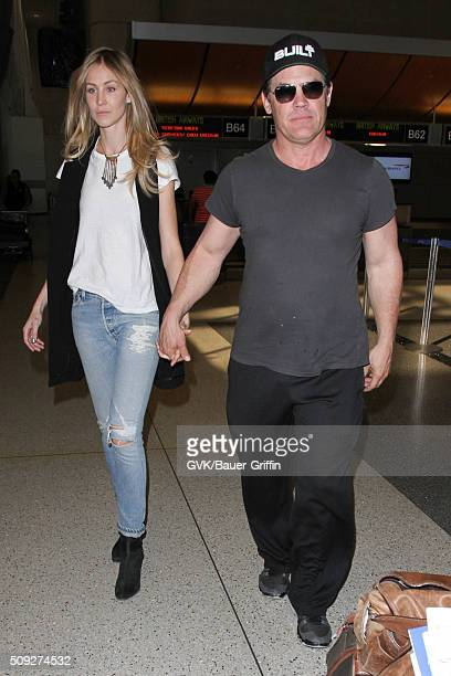 Josh Brolin and Kathryn Boyd are seen at LAX on February 09 2016 in Los Angeles California