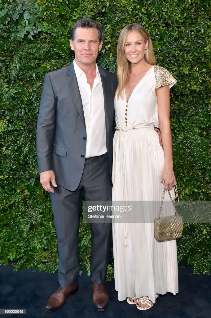 Josh Brolin (L) and Kathryn Boyd attend Chanel Dinner Celebrating our Majestic Oceans, A Benefit for NRDC at Private Residence on June 2, 2018 in Malibu, California.
