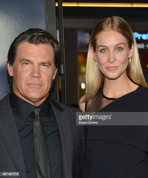 Josh Brolin and Kathryn Boyd attend the premiere of Universal Pictures' 'Everest' at TCL Chinese 6 Theatres on September 9 2015 in Hollywood...