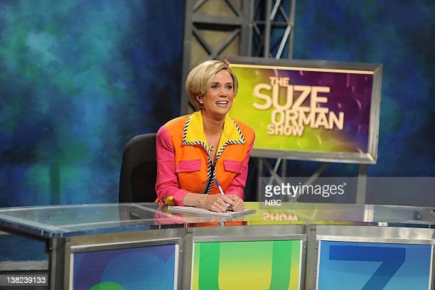 LIVE Josh Brolin Episode 1536 airdate Pictured Kristen Wiig as Suze Orman during the 'The Suze Orman Show' skit on October 18 2008