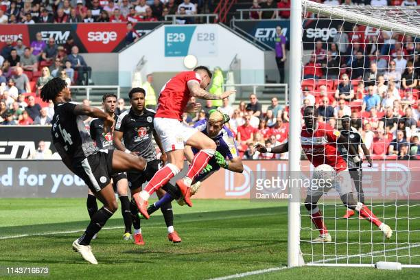 Josh Brownhill of Bristol City scores his team's first goal during the Sky Bet Championship match between Bristol City and Reading at Ashton Gate on...