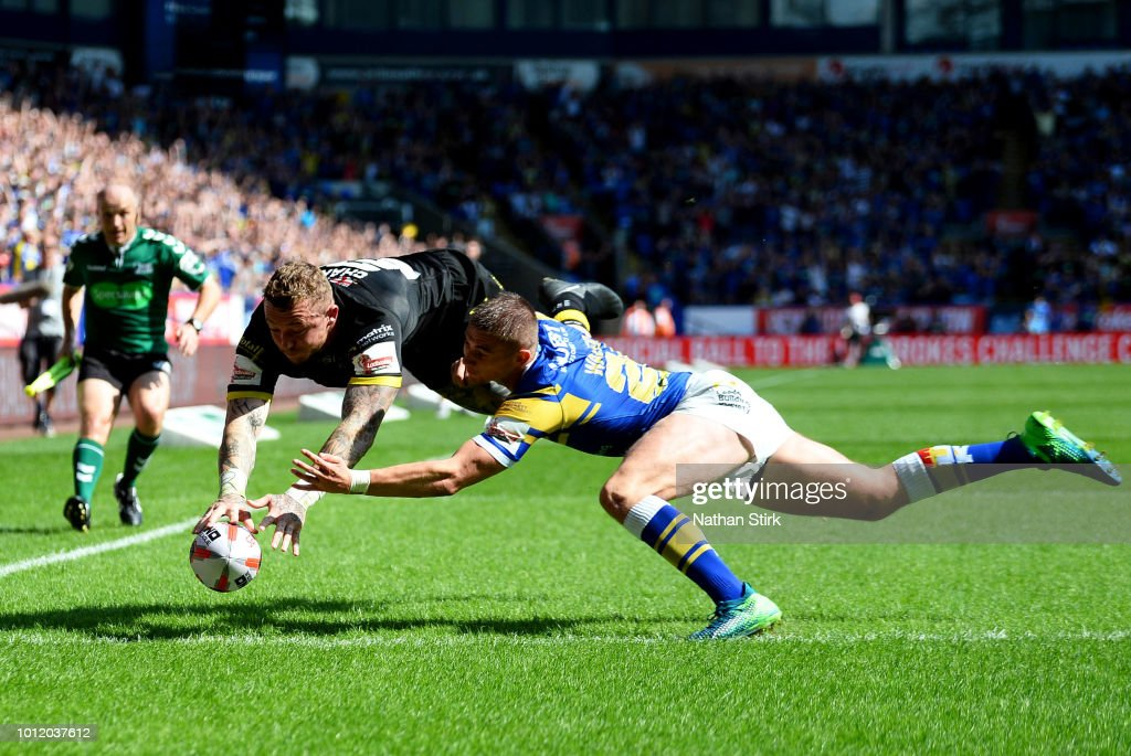Warrington Wolves V Leeds Rhinos - Ladbrokes Challenge Cup Semi Final : News Photo