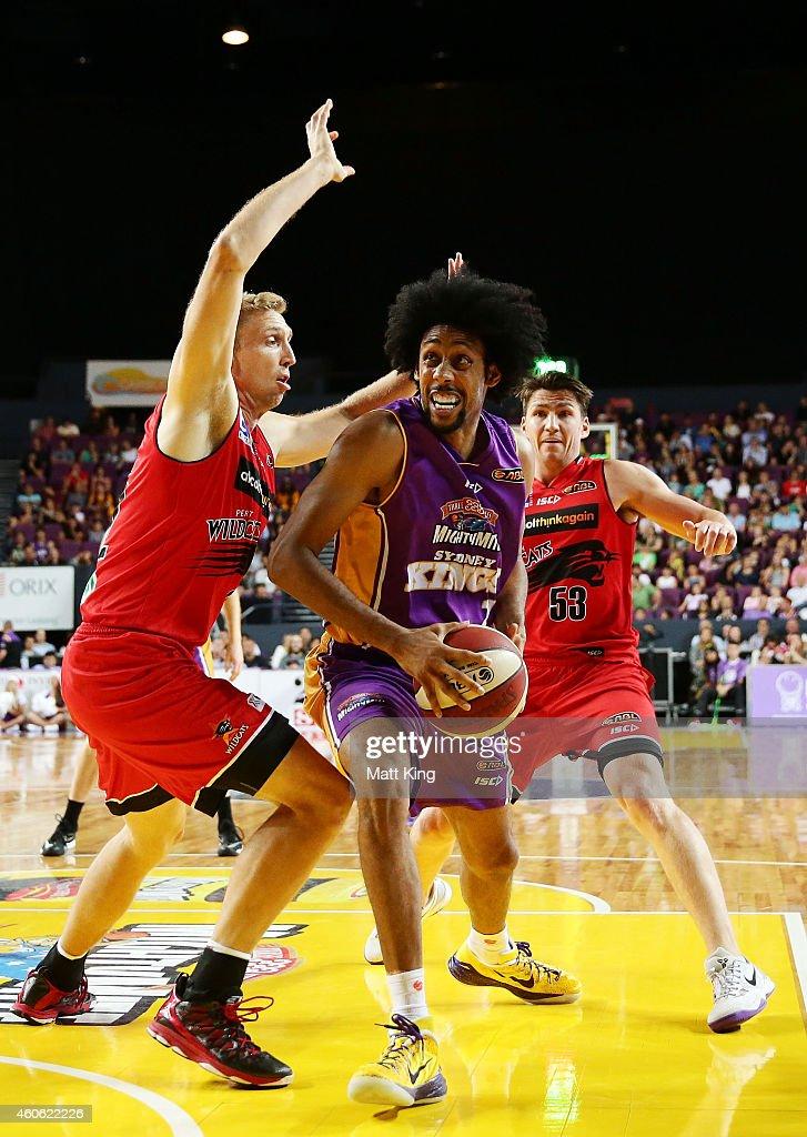 NBL Round 11 - Sydney v Perth : News Photo