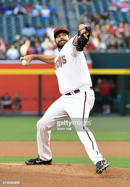 Josh Collmenter of the Arizona Diamondbacks delivers a pitch against the Washington Nationals at Chase Field on May 11 2015 in Phoenix Arizona